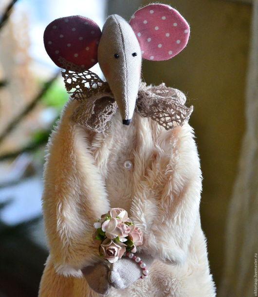 Коллекционные куклы ручной работы. Ярмарка Мастеров - ручная работа. Купить Очаровательная мышка. Handmade. Комбинированный, подарок женщине, вискоза