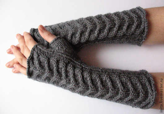 Варежки, митенки, перчатки ручной работы. Ярмарка Мастеров - ручная работа. Купить Перчатки без пальцев митенки Тёмно-серый подогреватели. Handmade.