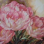 """Картины и панно ручной работы. Ярмарка Мастеров - ручная работа Вышитая картина """"Трио тюльпанов"""". Handmade."""