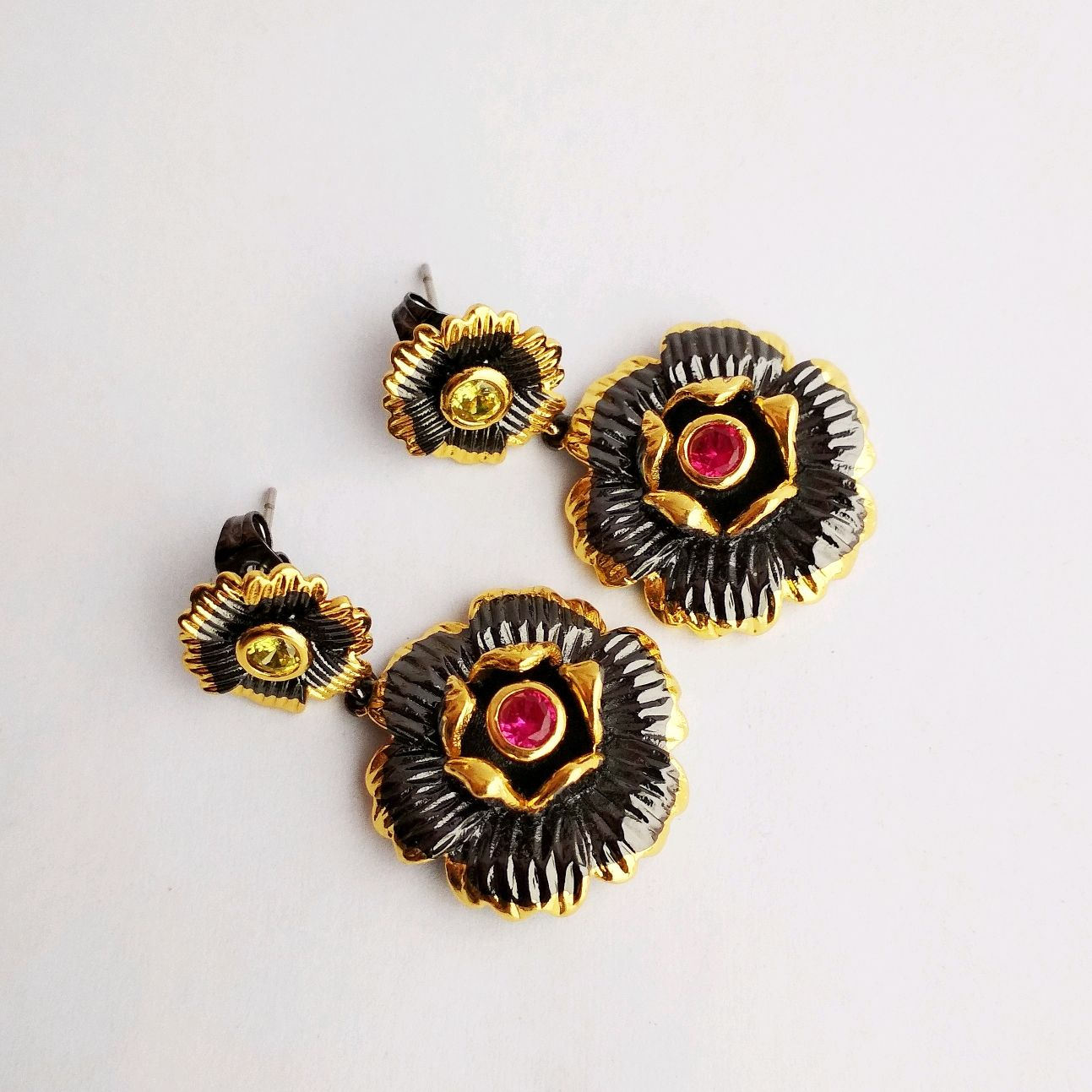 Large earrings with corundum and citrine art: :5675 gold-plated with flowers, Earrings, Kaluga,  Фото №1