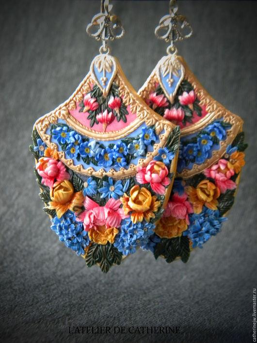 """Серьги ручной работы. Ярмарка Мастеров - ручная работа. Купить Серьги """"Версальские сады"""". Handmade. Голубой, розы из полимерной глины"""