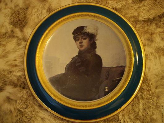 """Подвески ручной работы. Ярмарка Мастеров - ручная работа. Купить Настенная тарелка """"Неизвестная"""". Handmade. Белый, тарелка сувенирная"""