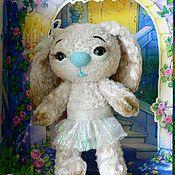 Куклы и игрушки ручной работы. Ярмарка Мастеров - ручная работа новый год плюшевая игрушка зайка Изабель. Handmade.
