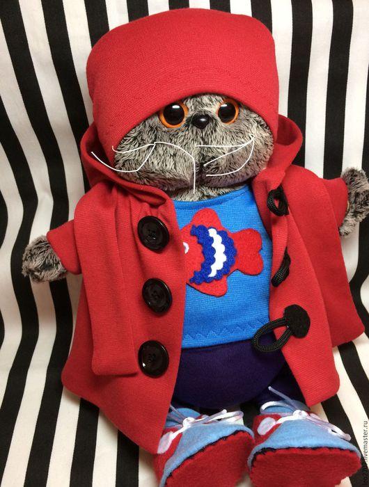 Одежда для кукол ручной работы. Ярмарка Мастеров - ручная работа. Купить Одежда для Басика комплект (футболка, штаны, шапка, пальто, шарф, кед). Handmade.
