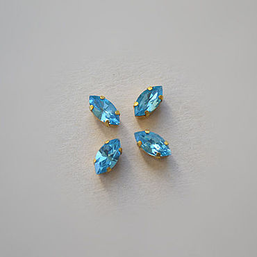 Материалы для творчества ручной работы. Ярмарка Мастеров - ручная работа Винтажные кристаллы Swarovski 8х4 мм цвет Aquamarine. Handmade.