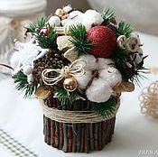 Подарки к праздникам ручной работы. Ярмарка Мастеров - ручная работа Новогодняя композиция из природных материалов #2. Handmade.