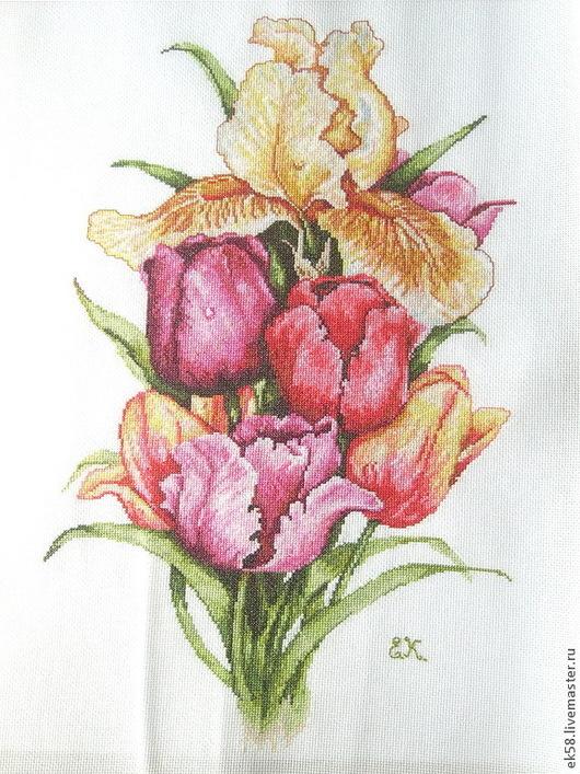 """Картины цветов ручной работы. Ярмарка Мастеров - ручная работа. Купить Вышитая картина """"  Роскошные тюльпаны"""". Handmade. Розовый"""