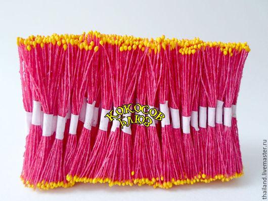 Желтые мелкие  тычинки на красной нити 100 пучков. Кокосов блюз. Материалы для флористики из Таиланда