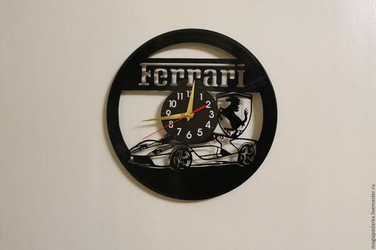 """Часы для дома ручной работы. Ярмарка Мастеров - ручная работа. Купить Часы из виниловой пластинки """"Феррари"""". Handmade. Черный"""