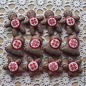 Подарки к праздникам ручной работы. Ярмарка Мастеров - ручная работа Набор авторских елочных игрушек из фетра с вышивкой. Handmade.