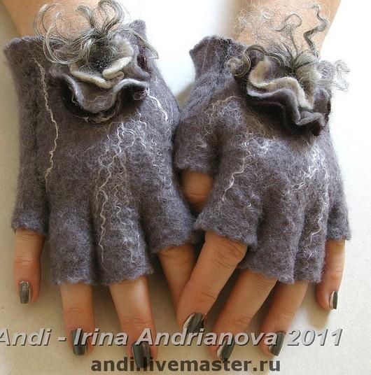 Mittens & Gloves handmade. Livemaster - handmade. Buy Mitts 'the Joy of glamorous kitties'.Wet felting, felt