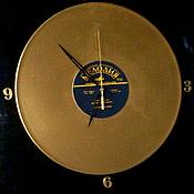 """Сувениры и подарки ручной работы. Ярмарка Мастеров - ручная работа """"Золотой диск""""  часы. Handmade."""