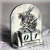 """Канцелярские товары ручной работы. Ярмарка Мастеров - ручная работа Вечный календарь """"Alice in Wonderland"""". Handmade."""