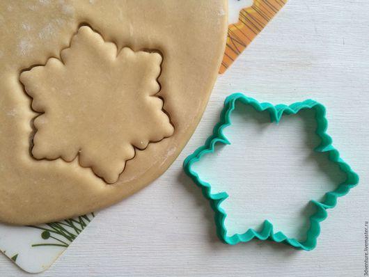 Кухня ручной работы. Ярмарка Мастеров - ручная работа. Купить Форма для печенья Снежинка. Handmade. Разноцветный, формочка для печенья