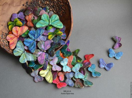 Броши ручной работы. Ярмарка Мастеров - ручная работа. Купить Брошь бабочка из полимерной глины маленькая.. Handmade. Комбинированный