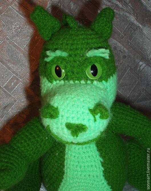 Сказочные персонажи ручной работы. Ярмарка Мастеров - ручная работа. Купить Дракон зеленый вязаный. Handmade. Дракон, вязаная игрушка