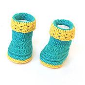 Работы для детей, handmade. Livemaster - original item Booties knitted boots for girls green, yellow (1-4 months). Handmade.