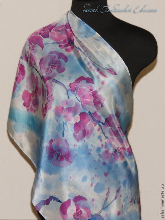 """Шали, палантины ручной работы. Ярмарка Мастеров - ручная работа. Купить Шелковый шарф батик """"Сакура"""", ручная роспись. Handmade."""