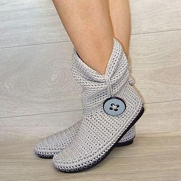 Обувь ручной работы. Ярмарка Мастеров - ручная работа Сапожки вязаные с пуговицей, серый хлопок. Handmade.