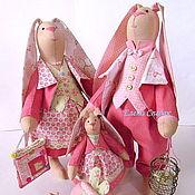 Куклы и игрушки ручной работы. Ярмарка Мастеров - ручная работа Семья заек в розовом. Handmade.