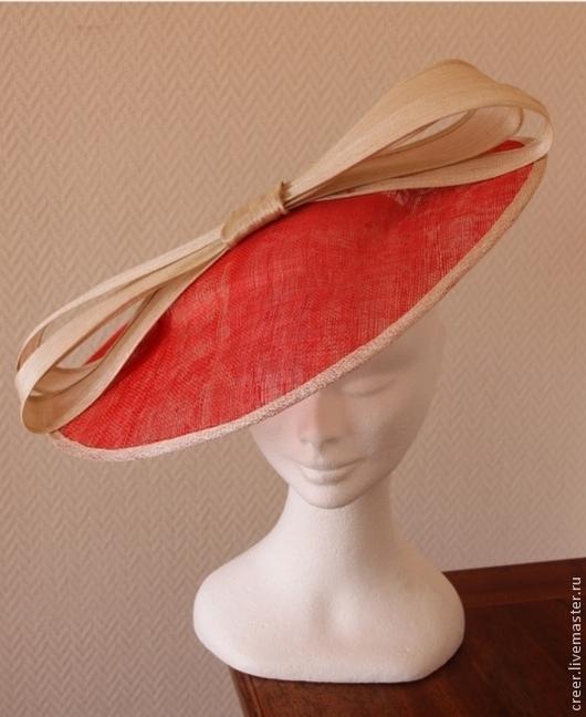 """Шляпы ручной работы. Ярмарка Мастеров - ручная работа. Купить Вечерняя шляпка"""" Dolce Vita"""". Handmade. Коралловый, дизайнерская шляпка"""