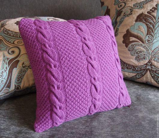 Текстиль, ковры ручной работы. Ярмарка Мастеров - ручная работа. Купить Яркая вязаная подушка. Handmade. Брусничный, подушка в подарок