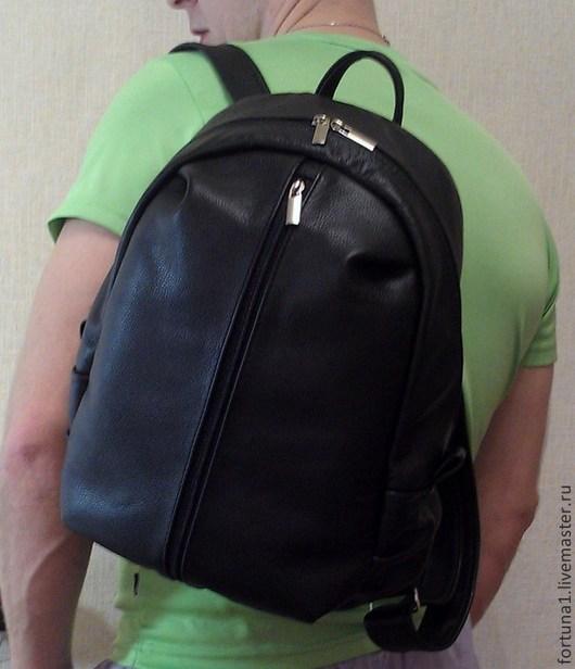 Рюкзаки ручной работы. Ярмарка Мастеров - ручная работа. Купить Рюкзак кожаный городской  большой 40. Handmade. Черный, рюкзак из кожи