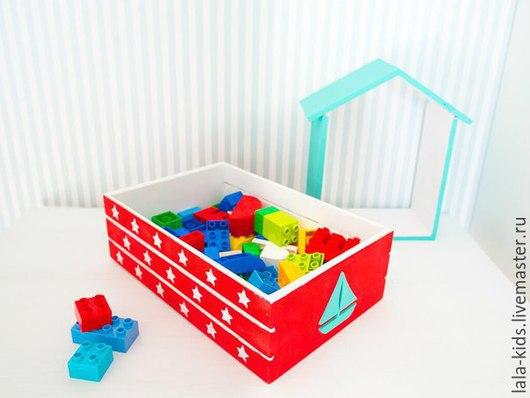 """Детская ручной работы. Ярмарка Мастеров - ручная работа. Купить Ящик для игрушек """"Звезды"""". Handmade. Ярко-красный, декор для интерьера"""