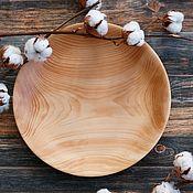 Тарелки ручной работы. Ярмарка Мастеров - ручная работа Деревянное кедровое блюдо. Handmade.