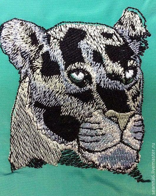 """Животные ручной работы. Ярмарка Мастеров - ручная работа. Купить Вышитая картина, картинка, панно """"Голова дикой пантеры"""". Handmade."""