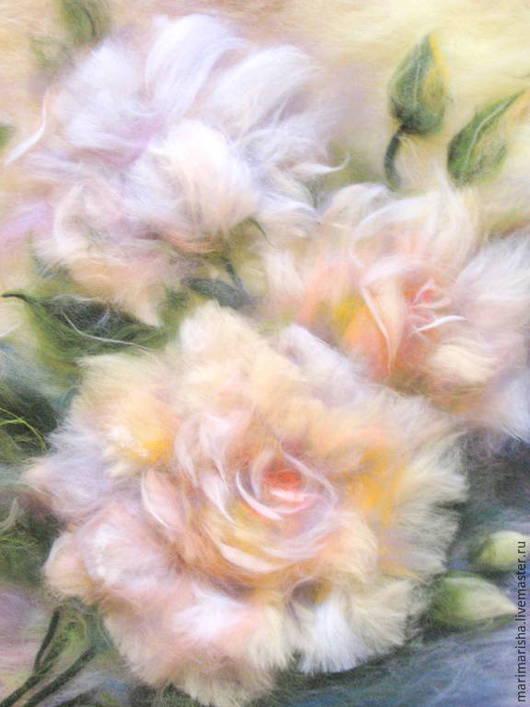 Картины цветов ручной работы. Ярмарка Мастеров - ручная работа. Купить Картина из шерсти Кремовые розы. Handmade. Бежевый