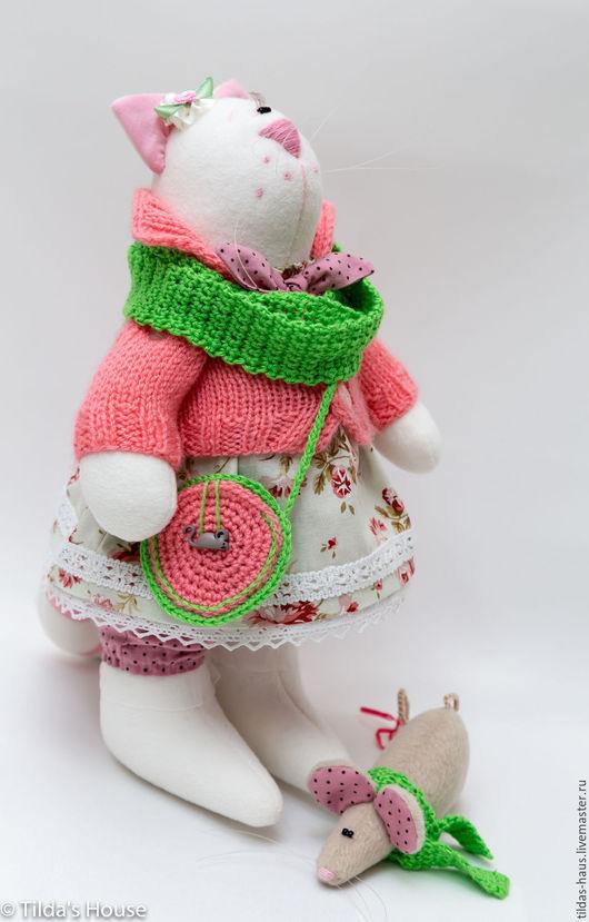 Игрушки животные, ручной работы. Ярмарка Мастеров - ручная работа. Купить Кошка Матильда с мышкой. Handmade. Розовый, мышка