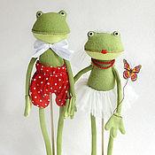 Куклы и игрушки ручной работы. Ярмарка Мастеров - ручная работа Лягушки молодожены. Handmade.