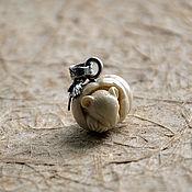 Украшения ручной работы. Ярмарка Мастеров - ручная работа Подвеска из бивня мамота, Мышка в тыкве, резьба. Handmade.