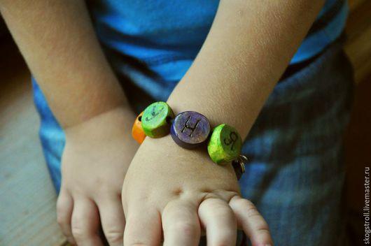Детская бижутерия ручной работы. Ярмарка Мастеров - ручная работа. Купить детский инфобраслет. Handmade. Разноцветный, для детей, идентификационный браслет