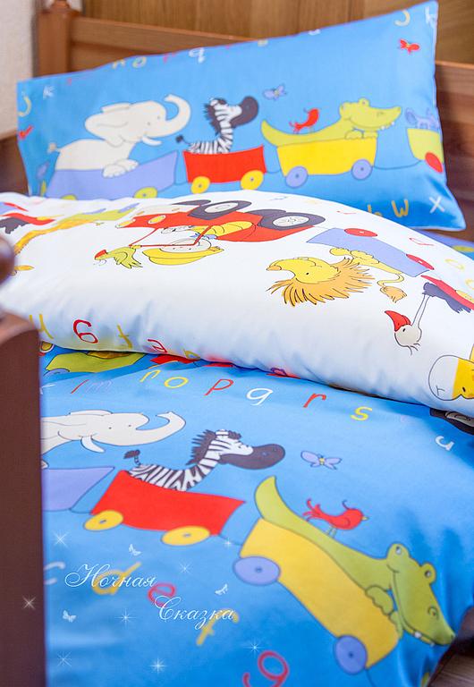 """Детская ручной работы. Ярмарка Мастеров - ручная работа. Купить Комплект в кроватку детское постельное белье """"Веселый поезд"""". Handmade."""