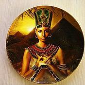 Для дома и интерьера ручной работы. Ярмарка Мастеров - ручная работа Тарелка декоративная в египетском стиле в технике декупаж. Handmade.