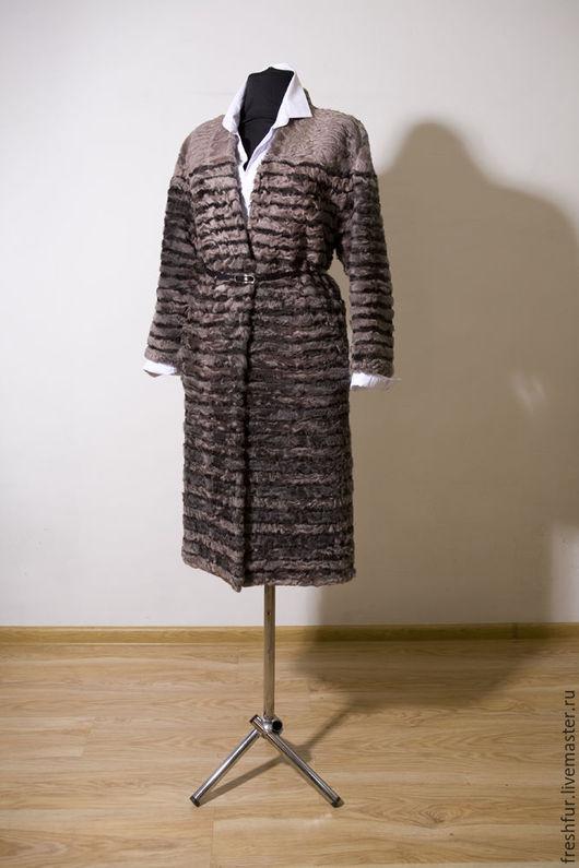 Верхняя одежда ручной работы. Ярмарка Мастеров - ручная работа. Купить пальто из каракульчи. Handmade. Бледно-розовый, прямой силуэт