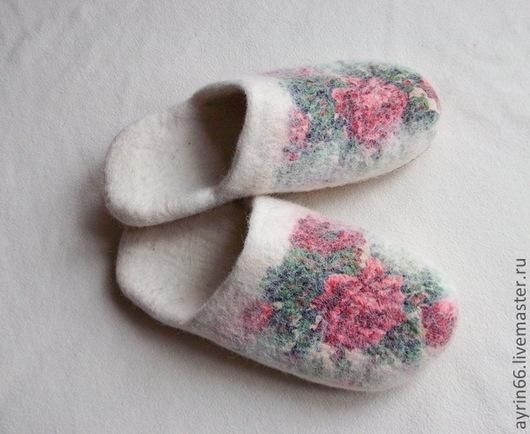 """Обувь ручной работы. Ярмарка Мастеров - ручная работа. Купить Тапочки """"Аглая"""". Handmade. Белый, тапочки, обувь, кожа натуральная"""