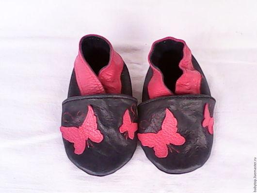 Детские тапочки` Бабочки`,детская обувь,пинетки(от0-11лет) Наталья  (БЭБИТОП) кожаная  обувь