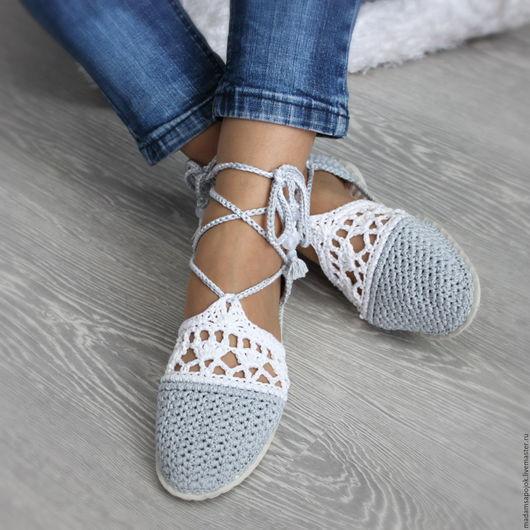 """Обувь ручной работы. Ярмарка Мастеров - ручная работа. Купить Сандали вязаные """"Серебристое облако"""". Handmade. Серый, вязаная обувь"""