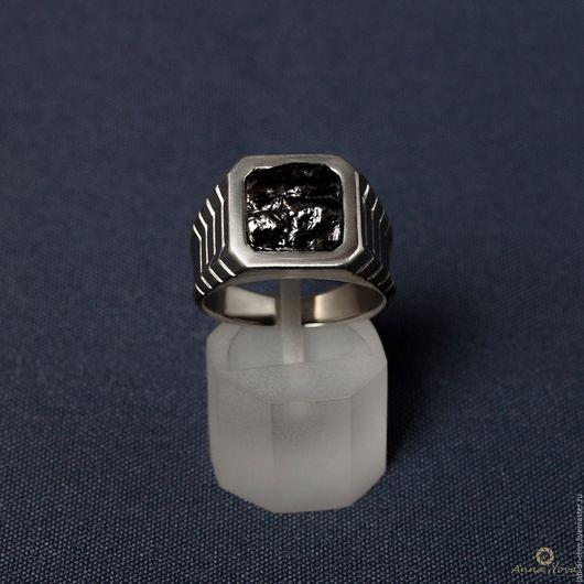 Кольца ручной работы. Ярмарка Мастеров - ручная работа. Купить Серебряное кольцо с метеоритом. Handmade. Кольцо, кольцо серебро