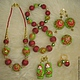 бусы 1000 руб; браслеты  (на фото верхний) 400 руб; браслеты  (на фото нижний) 450 руб; брелок `Матрешка`(1 шт) 200 руб; серьги из шариков 550 руб