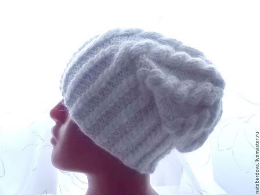 """Шапки ручной работы. Ярмарка Мастеров - ручная работа. Купить Шапка вязаная  """"Жгуты"""" белая. Handmade. Белый, шапка женская"""