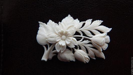 Броши ручной работы. Ярмарка Мастеров - ручная работа. Купить брошь цветок из кости. Handmade. Белый, цветок