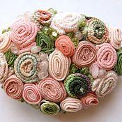 """Украшения ручной работы. Ярмарка Мастеров - ручная работа брошь """"Розово-зеленая"""", с хризолитом и розовым кварцем. Handmade."""
