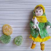Игрушки ручной работы. Ярмарка Мастеров - ручная работа Игрушки: Ватная игрушка Девочка с кошкой. Handmade.
