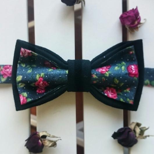 Галстуки, бабочки ручной работы. Ярмарка Мастеров - ручная работа. Купить Двусторонняя галстук-бабочка Дикая роза.. Handmade.