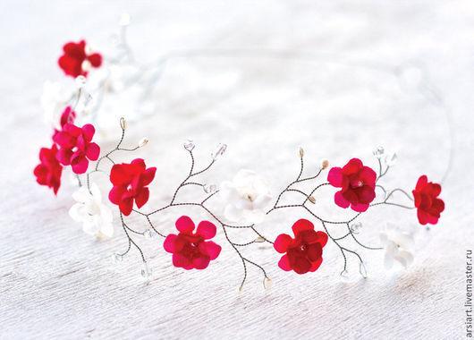 Свадебные украшения ручной работы. Ярмарка Мастеров - ручная работа. Купить Красный венок с цветами. Венок на голову с белыми, розовыми и красными. Handmade.