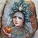 """Кулоны, подвески ручной работы. Кулон """"Боярышня с яблоком"""". Марина Лесникова Миниатюра на камне. Ярмарка Мастеров. Белый, портрет девушки"""